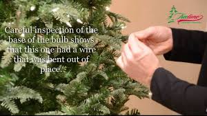 What To Do When Pre Lit Tree Lights Go Out How To Fix Christmas Lights Lighting On Prelit Christmas Trees