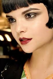 this modern take on a beautiful 20 s style look is so wearable key features flapper makeup1920s