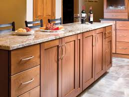 Kitchen Cabinets Pulls How To Choose Kitchen Cabinet Pulls Kitchen Ideas