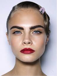 cara delevingne eyebrows