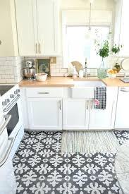 6 small pattern white kitchen floor tiles black grout tile