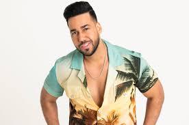 Latin Billboard Album Charts Romeo Santos Utopia Debuts At No 1 On The Top Latin Albums