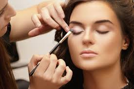 bee a pro makeup artist course bundle ping livingsocial