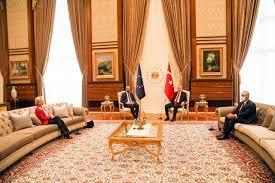Türkei - Von der Leyen in Ankara von Erdogan aufs Sofa verbannt - Wiener  Zeitung Online