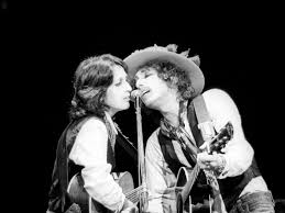 Aug 16, 2021 · bob dylan is being sued by a woman who alleges she was sexually molested and abused by the musician at 12 years old. Inside Bob Dylan S Rolling Thunder Revue A Floating Ship Of Crazies Uncut