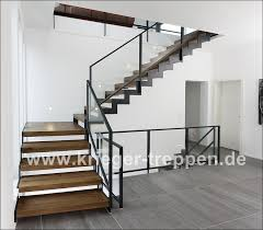 Aber auch der reine stahl wird bei stufen und handläufen gezeigt. Stahl Holztreppen Von Krieger Treppen