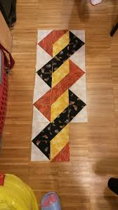 3137 best Quilts & Quilting ✂ images on Pinterest | Quilting ... & Triangles - easy placemat, runner or quilt border Adamdwight.com