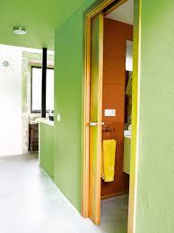 En Pasillos Pequeños O Tramos De Escalera Es Mejor Unificar Pasillos Pintados De Dos Colores