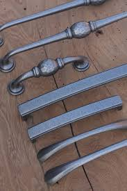 Kitchen Cupboard Door Handles Kitchen Cupboard Knobs Some Tips On How To Select Them Priors
