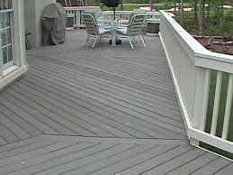 shows off the diagonal trex decking