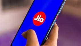 Saturday night fun for Jio Platforms, gets $850 million from TPG Capital &  L Catterton | TechRadar