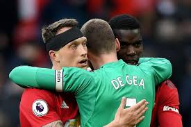 Paul pogba is set to be assessed after limping off the pitch against everton on saturday. Video Manchester United 2 1 West Ham United Highlights The Busby Babe