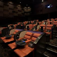 Hudson Lights Shopping Center Njs First Luxury Dine In Movie Theater Is Coming To Bergen