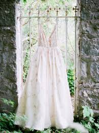 romantic ireland wedding inspiration every last detail Wedding Inspiration Ireland romantic ireland wedding inspiration via theeld com Ireland Cliff Wedding