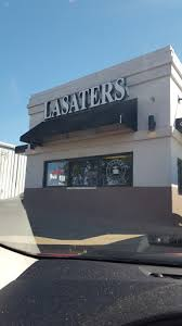 There is an initial franchise fee of $35,000 which grants you the license to run a business. Coffee Shop Lasaters Coffee Tea Reviews And Photos 589 S Riverside Dr Clarksville Tn 37040 Usa