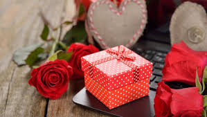 Valentines Day Ideas For Girlfriend The Best Valentines Day Present Advice For Clueless Boyfriends