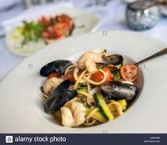 Seafood Linguine Stock Photo - Alamy