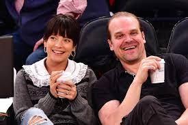 Lily Allen and David Harbour Got a Las ...