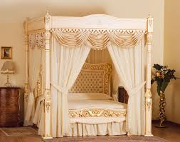 Stuart Hughes Baldacchino Supreme - The world most exclusive bed ...