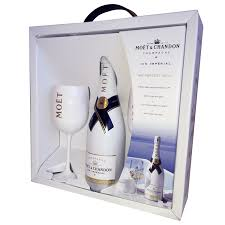 secondery moet chandon ice imperial nv 75cl and 2 gles pack 4 jpg