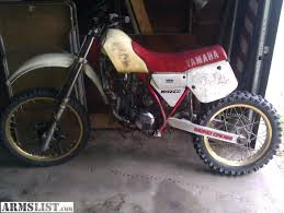 yamaha 125 dirt bike for sale. great dirt bike lightweight racing wheels and more. back finder is off to get painted yamaha 125 for sale