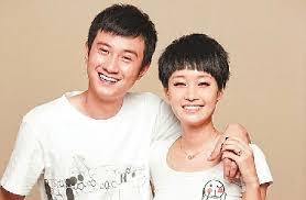 Article>Wen Zhang, Ma Yili announce divorce</Article>