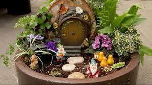 how to create a mini gnome garden with garden answer