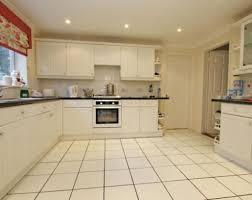 Best Flooring Options For Kitchen Kitchen Flooring Options Tiles Ideas Best Tile For Kitchen Floor