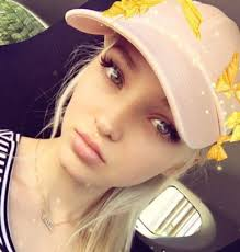 Dove Cameron Birth Chart Dove Cameron Family In Detail Mother Father Older Sister