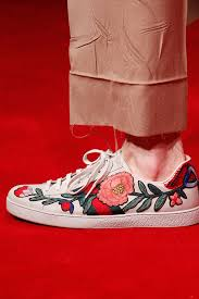 gucci 2017 shoes. there are several brands that inspiring the new shoes trend of this year! let\u0027s take for example, gucci\u0027s resort 2018 collection: alongside all fur gucci 2017