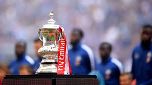 In comes a cross, martinez punches but only as far as lewis cook. Fa Cup 4th 5th Round Draw Liverpool Face Manchester United As Arsenal Chelsea And Spurs Learn Fates