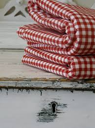 Pin by gillian carter on DECOR = Bedrooms - Red and White ... & Red and White Gingham Blanket Adamdwight.com