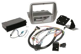 scosche itcgm01b 2010 14 chevrolet camaro double din or din w pocket installation touchscreen controls 2 0 dash kit gm5201b