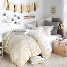dorm room to dos
