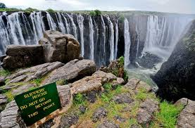 Thinking of cming to africa? Best Time To Visit Victoria Falls