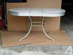 27 Vintage Formica Kitchen Table Vintage 1950039s Formica Kitchen