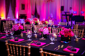Hot Pink and Black Wedding Tablescape