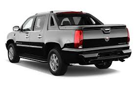 2013 Cadillac Escalade EXT Reviews and Rating | Motortrend