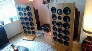 infinity home speakers. ok, so i got these badboys for $35 at a fleamarket today: infinity home speakers y