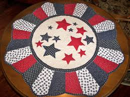 4th of july round quilted table topper by myrnasmarvels on