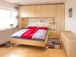 Schlafzimmer Mit Bettüberbau Urbana Möbel