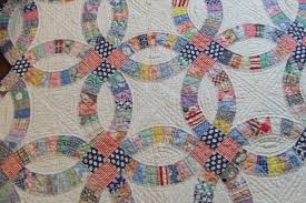 Double wedding ring quilt | Tim Latimer - Quilts etc & I eventually sold the quilt on ... Adamdwight.com