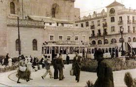Resultado de imagen de el tranvia en la Encarnacion de Sevilla