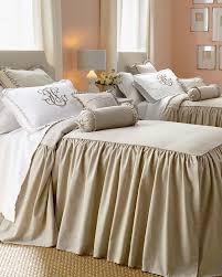 queen es bedspread