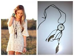 How To Make Your Own Dream Catcher Necklace Amazing Ruebluemeandyou DIY Dreamcatcher Necklace Photo LEFT Cheyenne