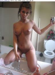 Self pic teen girls nude
