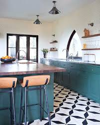 black and white patterned tile make the whole kitchen decor