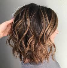 Coiffures 70 Plus Jolis Modèles De Coupe Cheveux Mi Longs