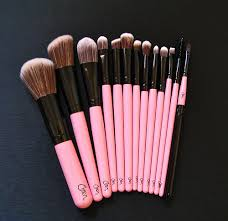 charm essentials pretty in pink vegan makeup brush set
