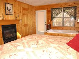 Pigeon Forge 2 Bedroom Suites Pigeon Forge Resort Cabin Near Dollywood Homeaway Sevierville